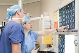 Neurocirurgião Especialista em Coluna